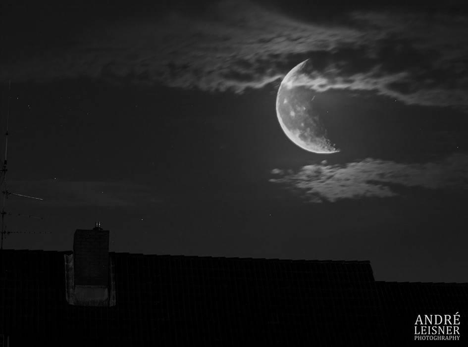 Mond in der Innenstadt