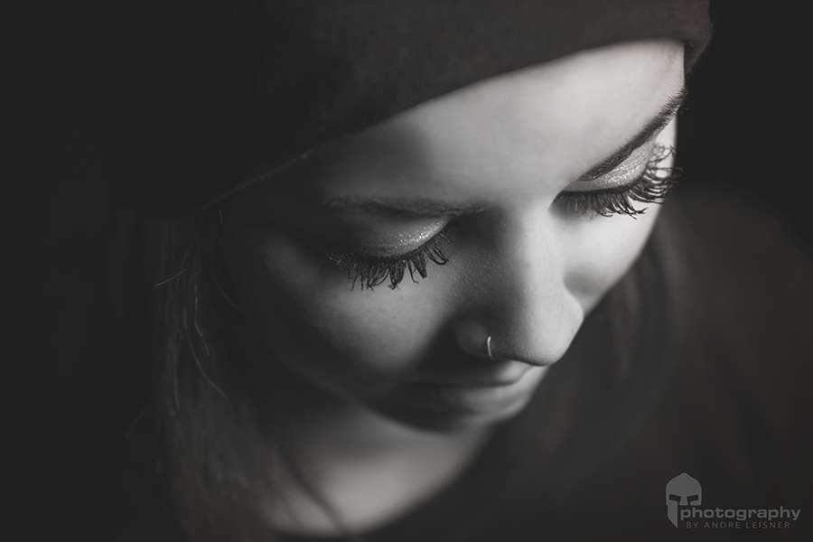 Portrait in schwarz-weiss