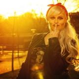 Punkfrau Sonnenuntergang 1