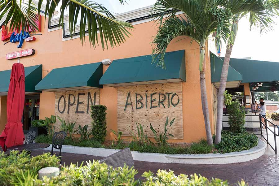 Hurrikan Irma - Vorkehrungen der Geschäfte in Miami