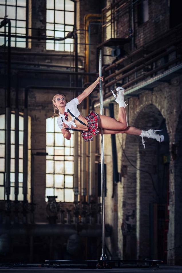 Pole Dance Shooting in der Gollan Kulturwerft