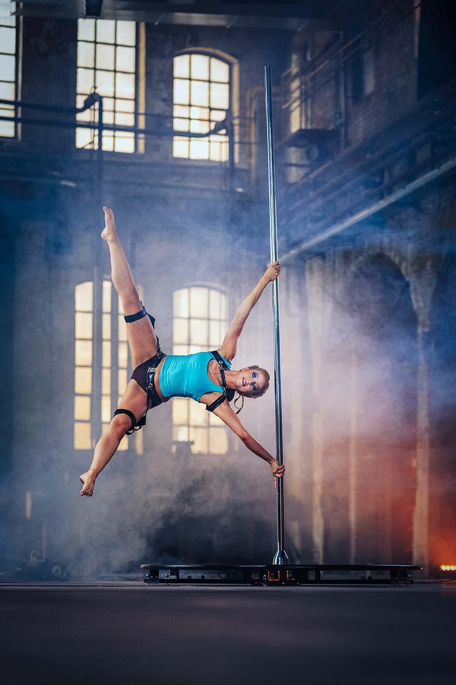 Pole Dance ist ein Ganzkörper-Training