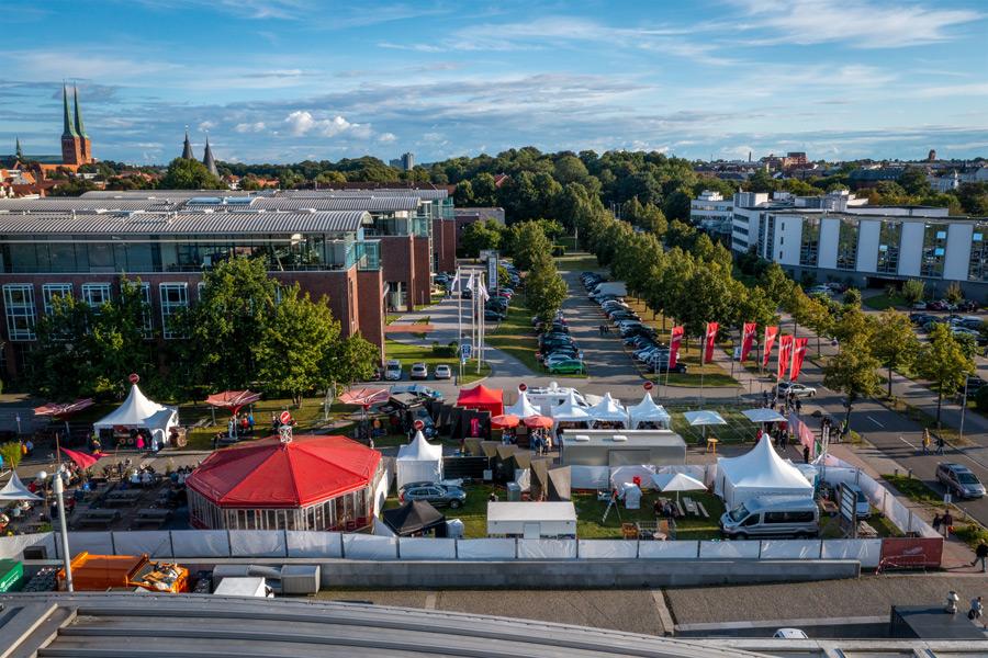 Einlass mit Ticket auf das Duckstein Festival in Lübeck